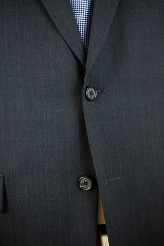 Henry Grethel Petrocelli Suit Buttons