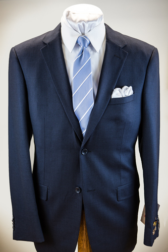 Prontomoda Nailhead Suit