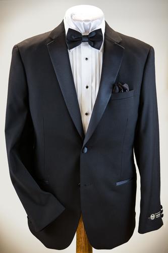 Caravelli Tuxedo